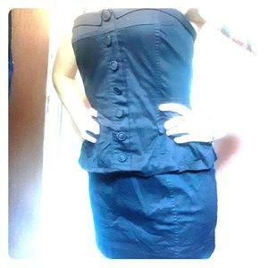 little black strapless dress